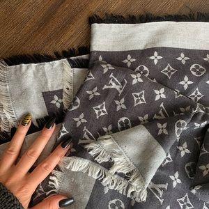Louis Vuitton monogram shawl/scarf